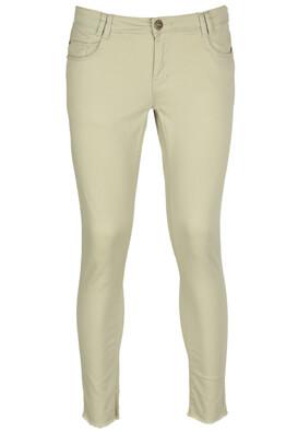 Pantaloni Cropp Olivia Light Beige