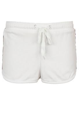 Pantaloni scurti Bershka Brenda White