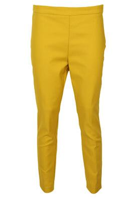 Pantaloni Stradivarius Evelyn Dark Yellow