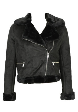 Jacheta Pull and Bear Roberta Black