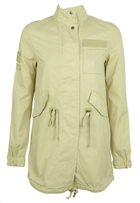 JACHETA BERSHKA SALLY LIGHT BEIGE